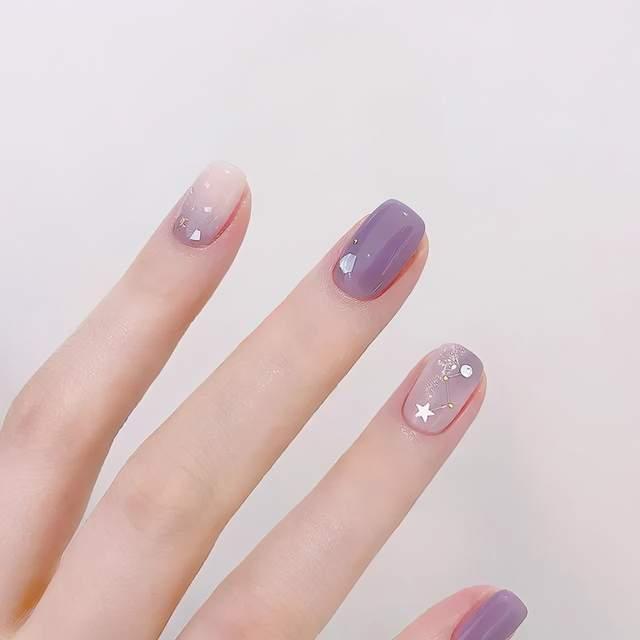 适合春天的韩系美甲~简约又时尚!